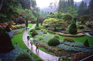 Butchart-Gardens-in-Rain-Victoria-BC-Canada